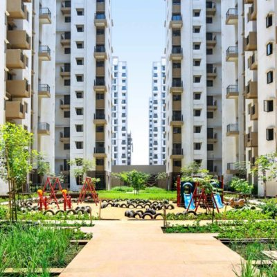 Resale flats in Lodha Lakeshore green